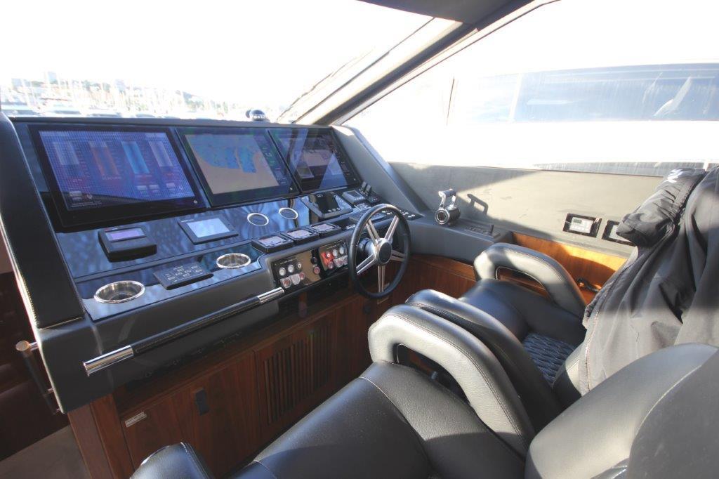 Sunseeker 86 Yacht (REF. SS-8614) | Интерьер 5