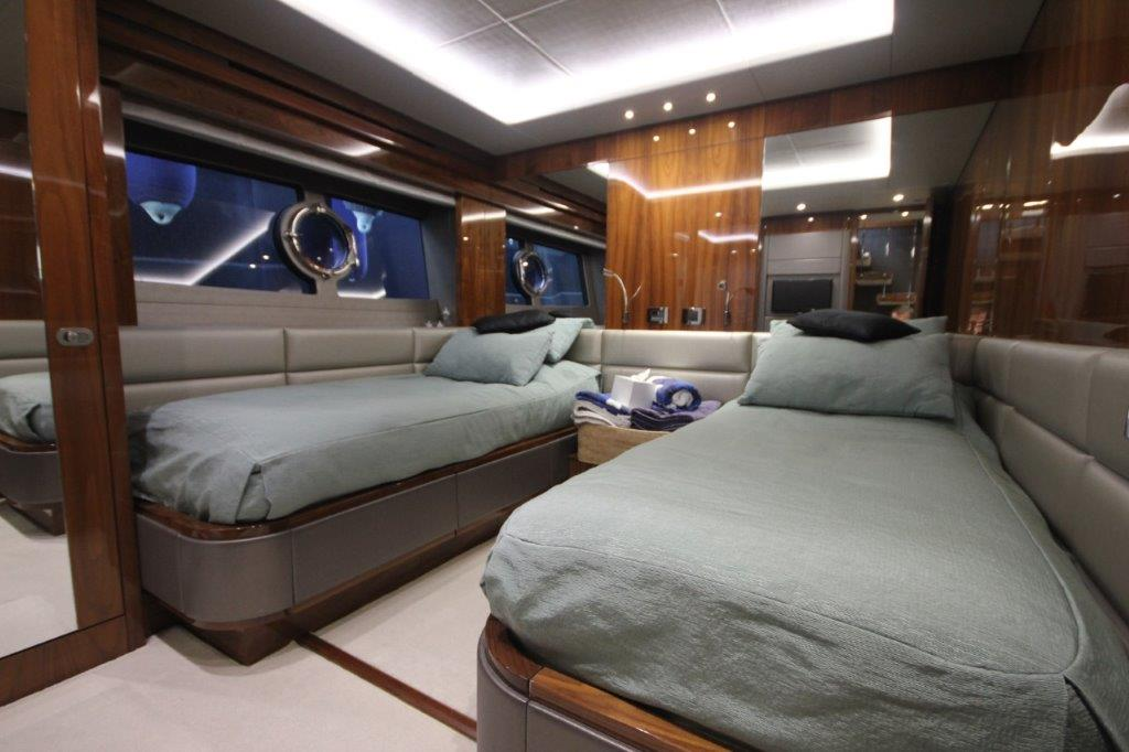 Sunseeker 86 Yacht (REF. SS-8614) | Интерьер 16
