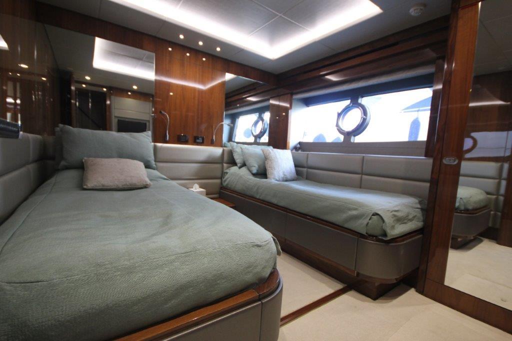 Sunseeker 86 Yacht (REF. SS-8614) | Интерьер 15