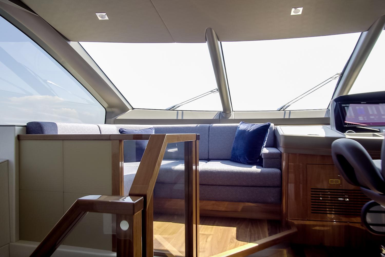 Sunseeker 76 Yacht | Интерьер 8