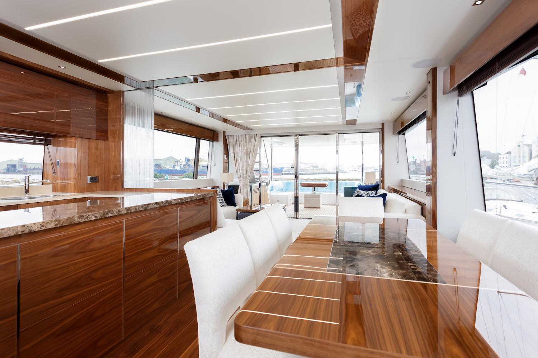 Sunseeker 76 Yacht | Интерьер 4