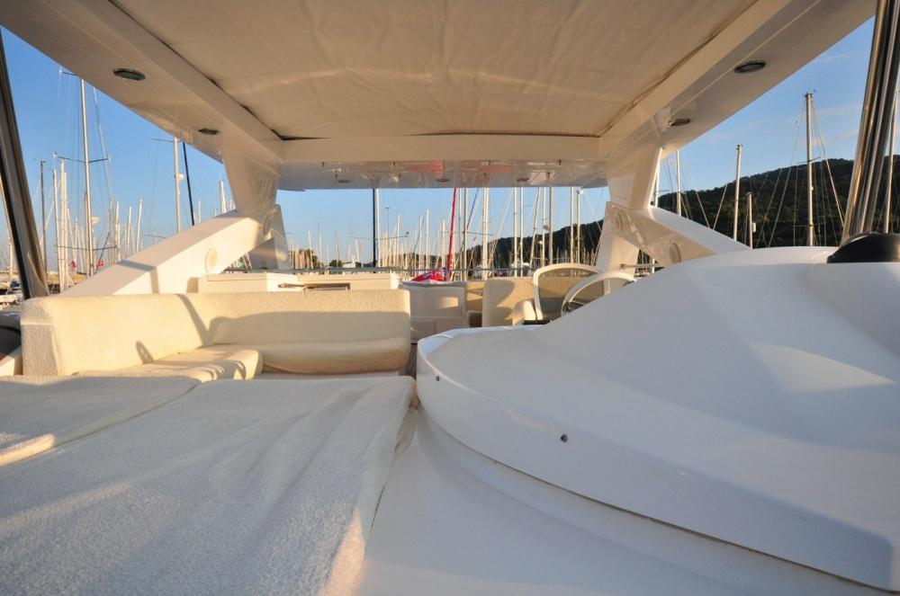 Sunseeker 88 Yacht (REF. SS-8810) | Экстрьер 10