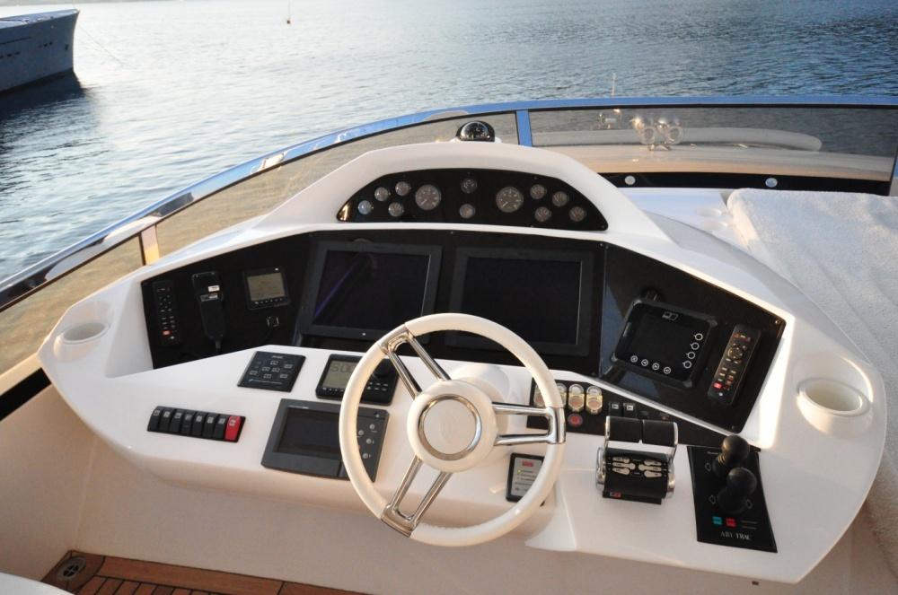 Sunseeker 88 Yacht (REF. SS-8810) | Экстрьер 15