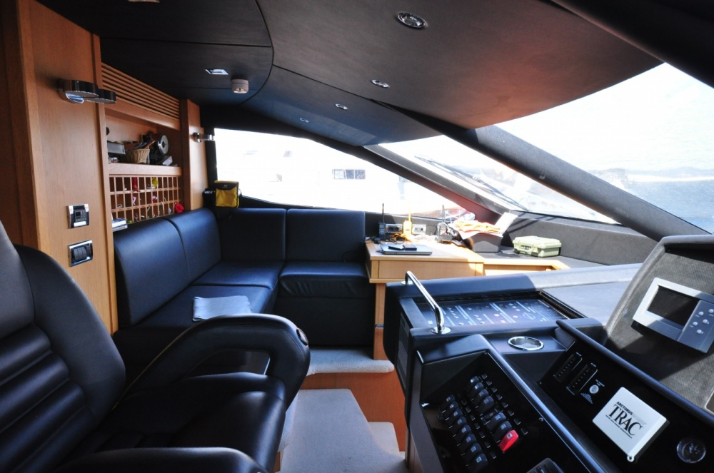 Sunseeker 88 Yacht (REF. SS-8810) | Интерьер 7