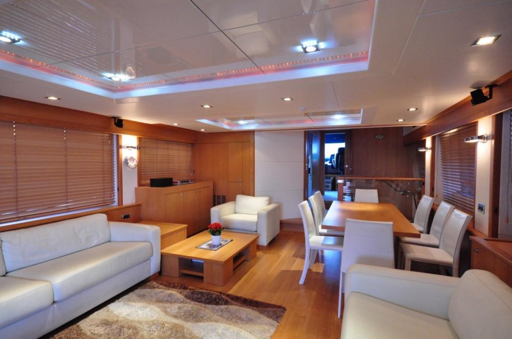Sunseeker 88 Yacht (REF. SS-8810) | Интерьер 1