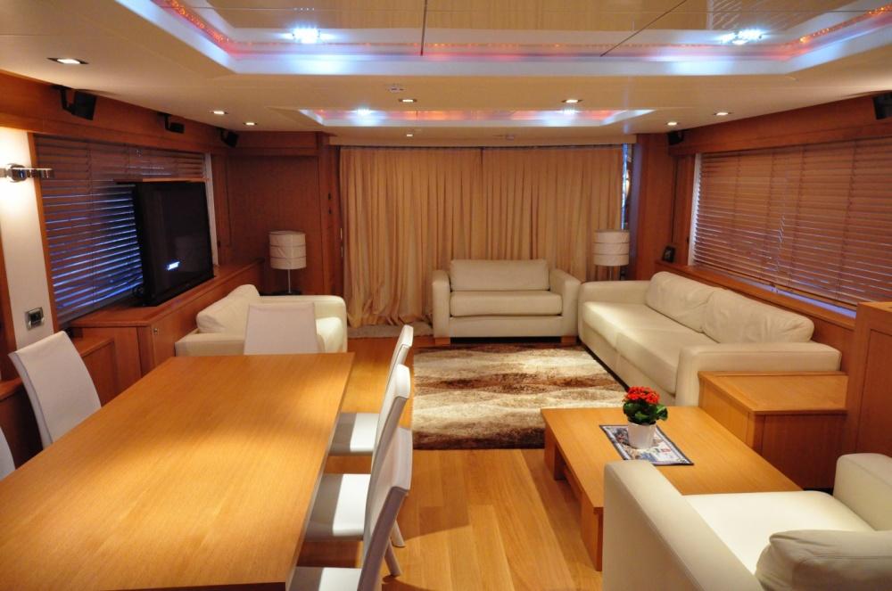 Sunseeker 88 Yacht (REF. SS-8810) | Интерьер 3