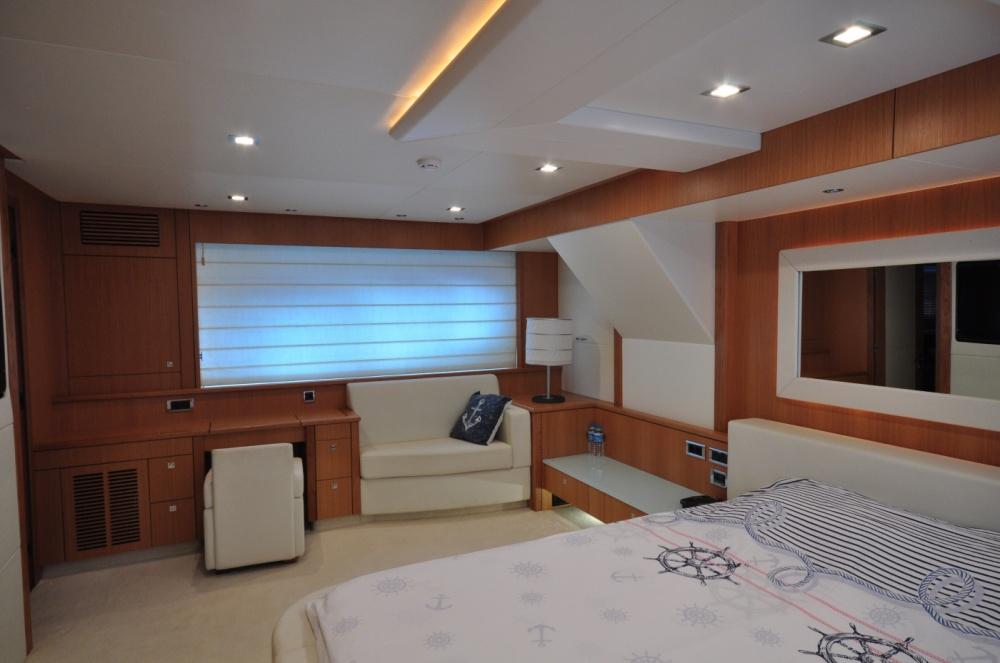 Sunseeker 88 Yacht (REF. SS-8810) | Интерьер 11