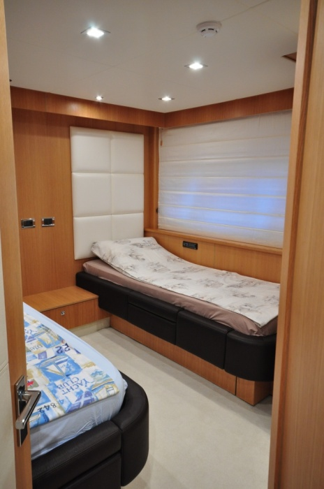 Sunseeker 88 Yacht (REF. SS-8810) | Интерьер 22