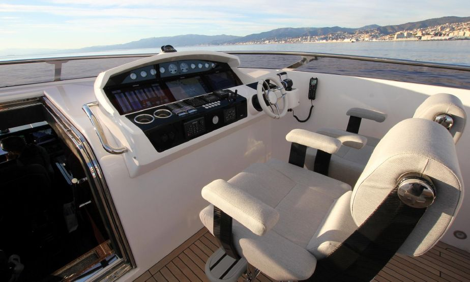 Sunseeker 95 Yacht (REF. SS-9517) | Экстрьер 13