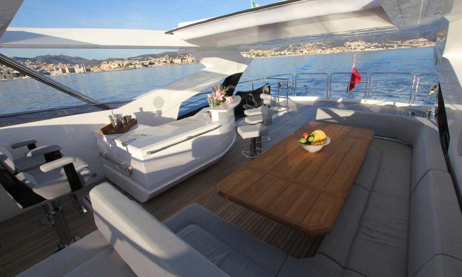 Sunseeker 95 Yacht (REF. SS-9517) | Экстрьер 12