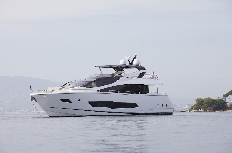 Sunseeker 86 Yacht | Экстрьер 2