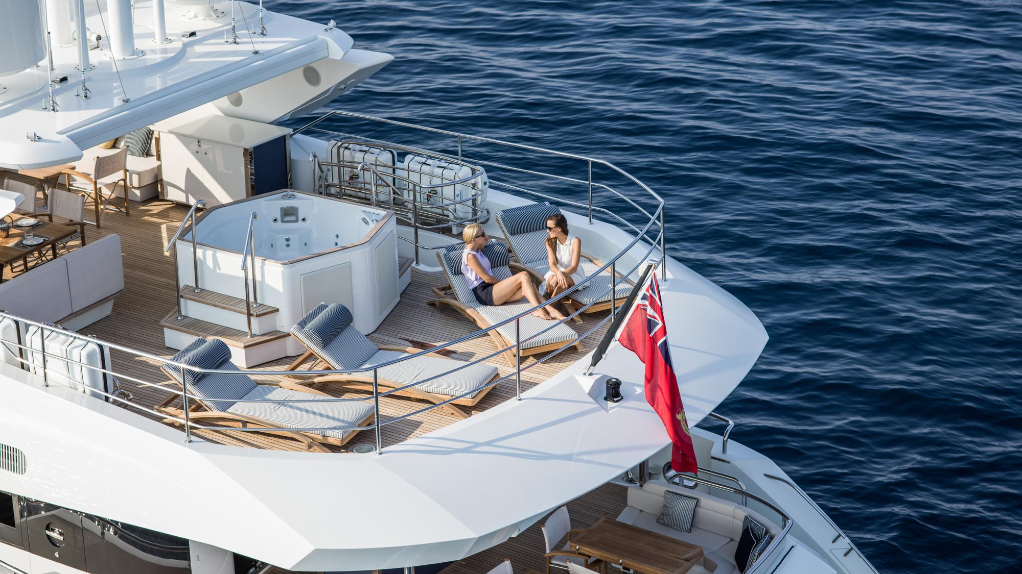 Sunseeker 116 Yacht | Экстрьер 7