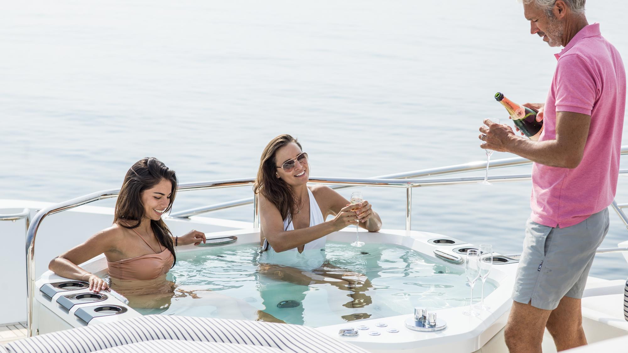Sunseeker 116 Yacht | Экстрьер 10