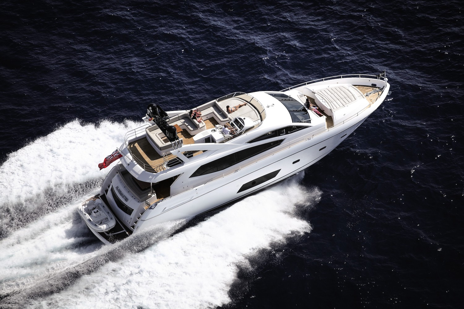 Sunseeker Manhattan 73 (REF. SS-7313), 2 x MAN 1550 | Экстрьер 0