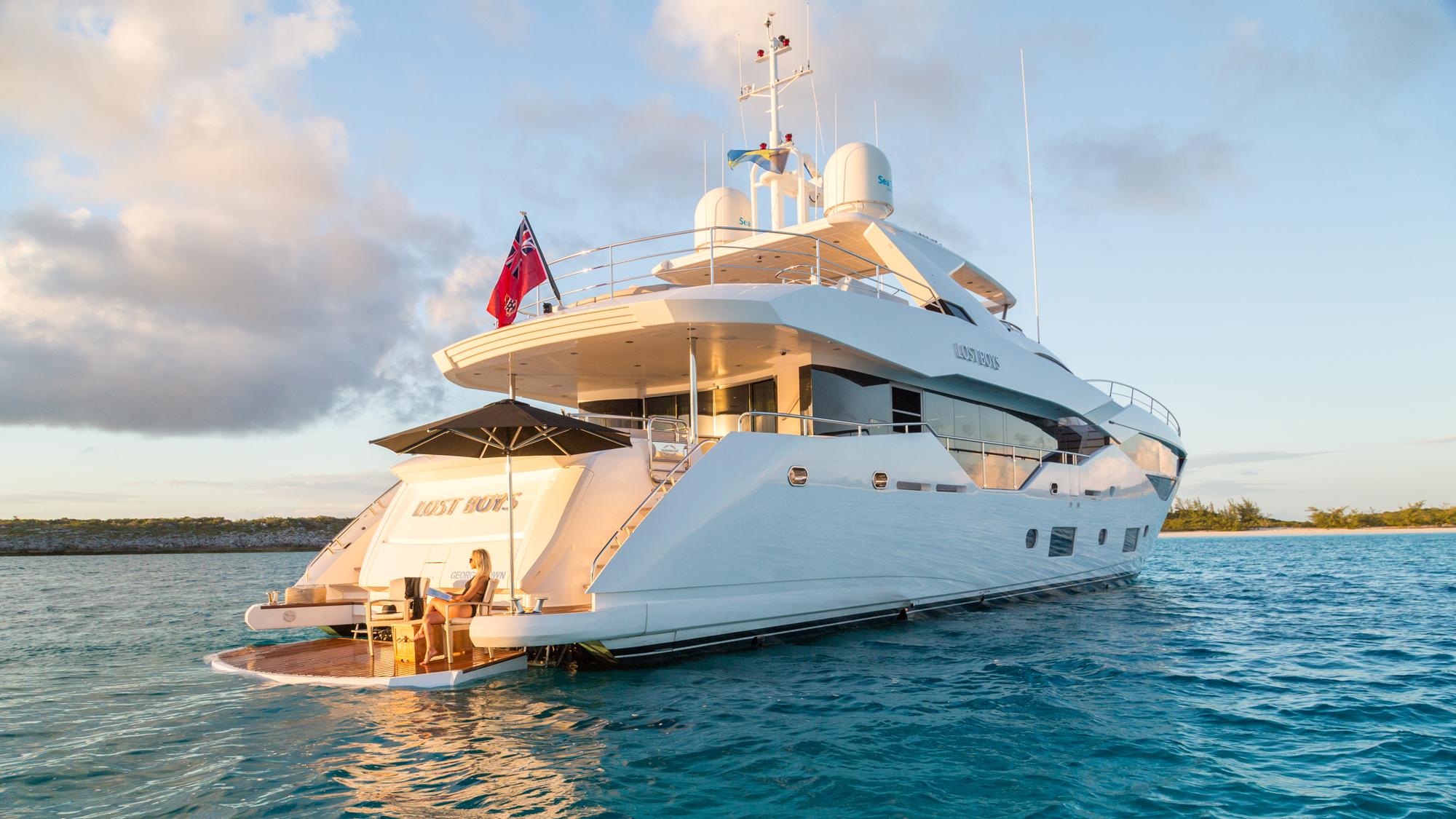 Sunseeker 116 Yacht | Экстрьер 6