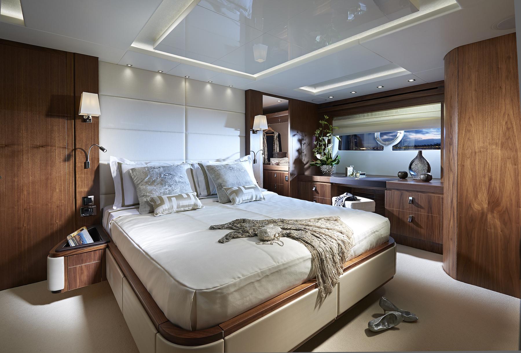 Sunseeker 86 Yacht | Интерьер 7