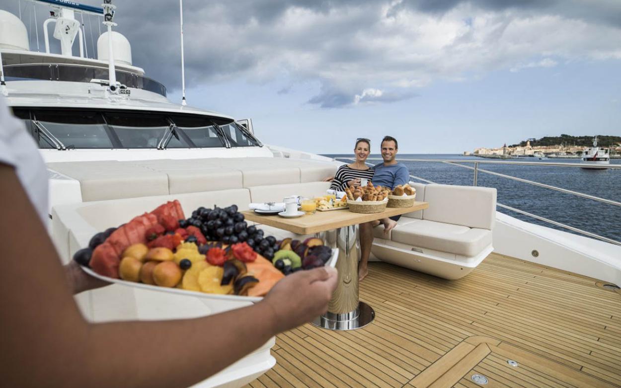 Sunseeker 131 Yacht | Экстрьер 7