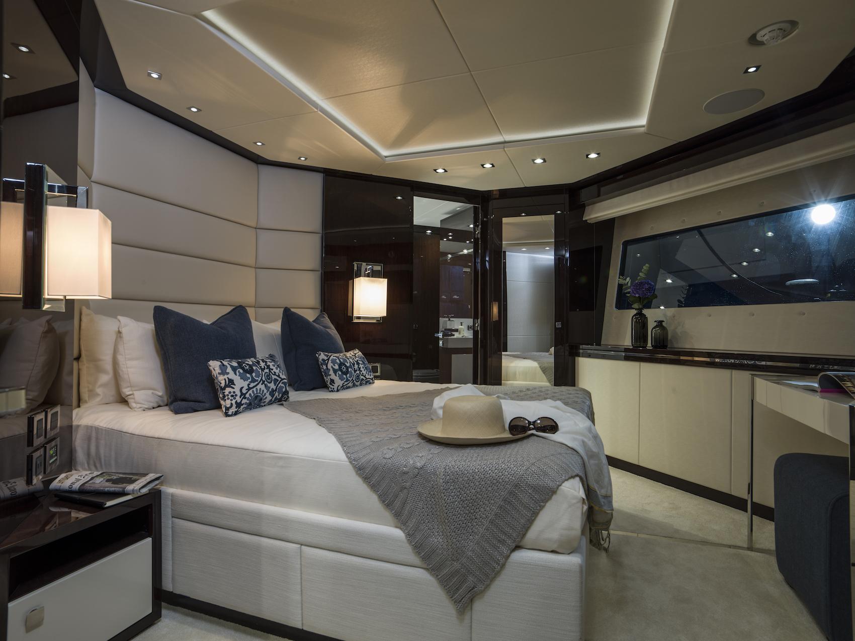 Sunseeker 116 Yacht | Интерьер 8