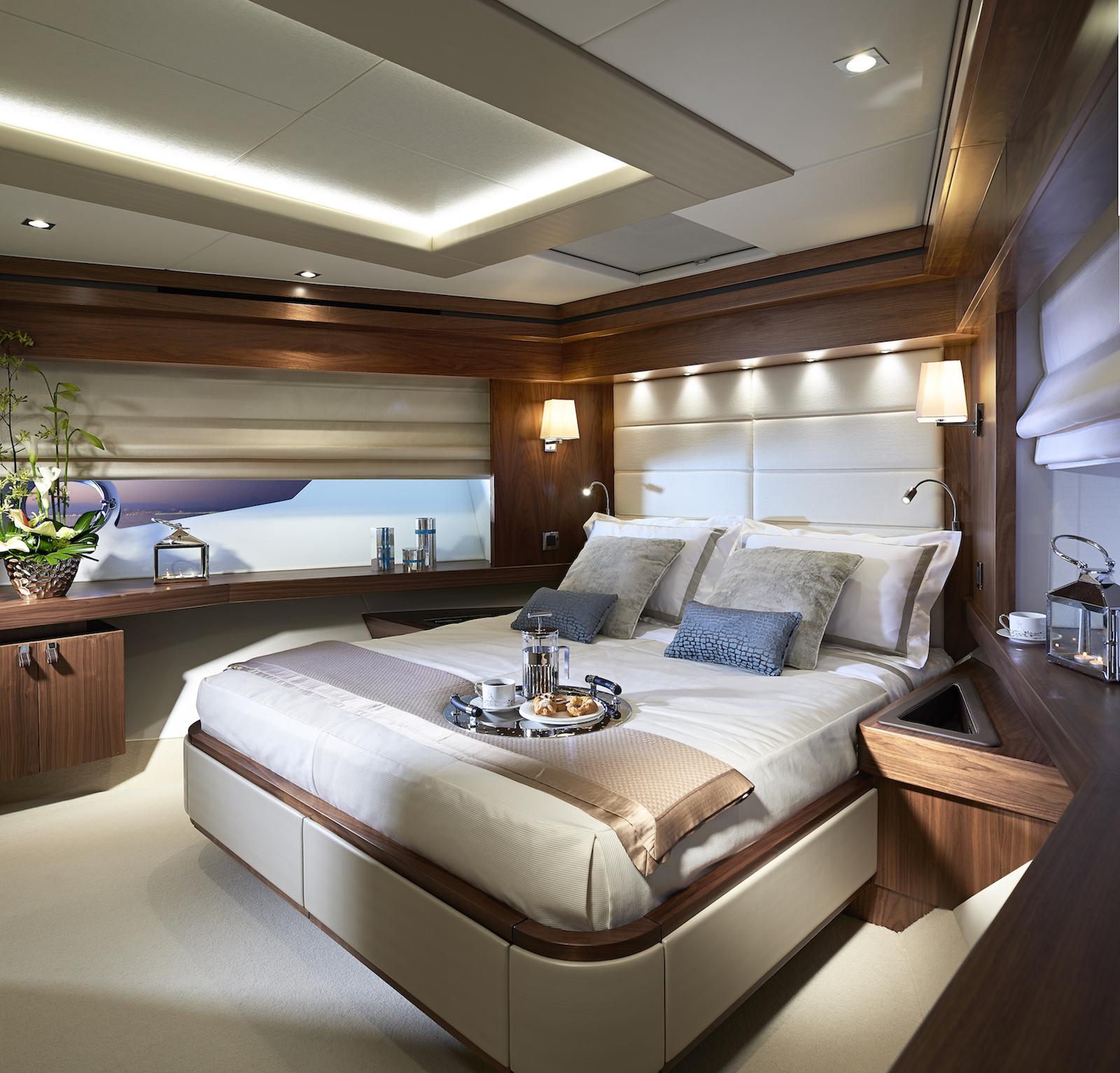 Sunseeker 86 Yacht | Интерьер 9