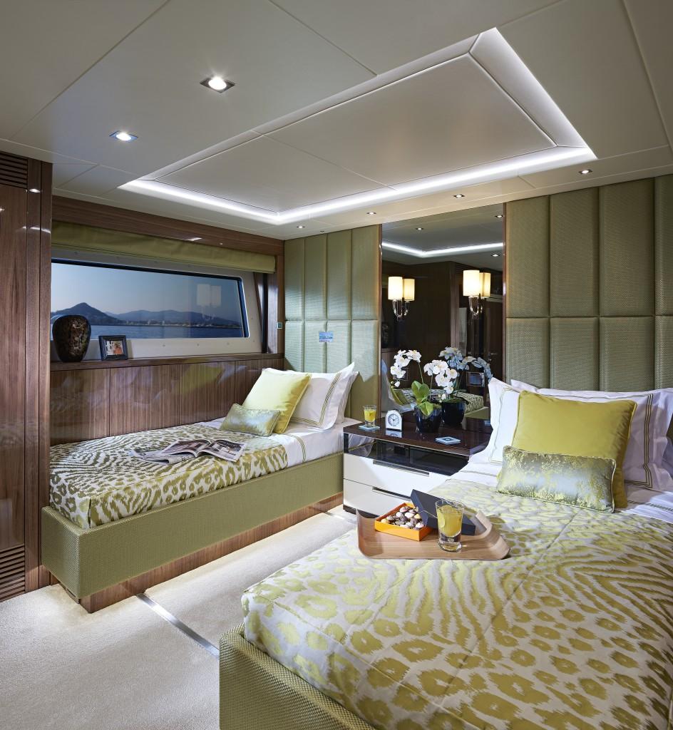 Sunseeker 131 Yacht | Интерьер 9