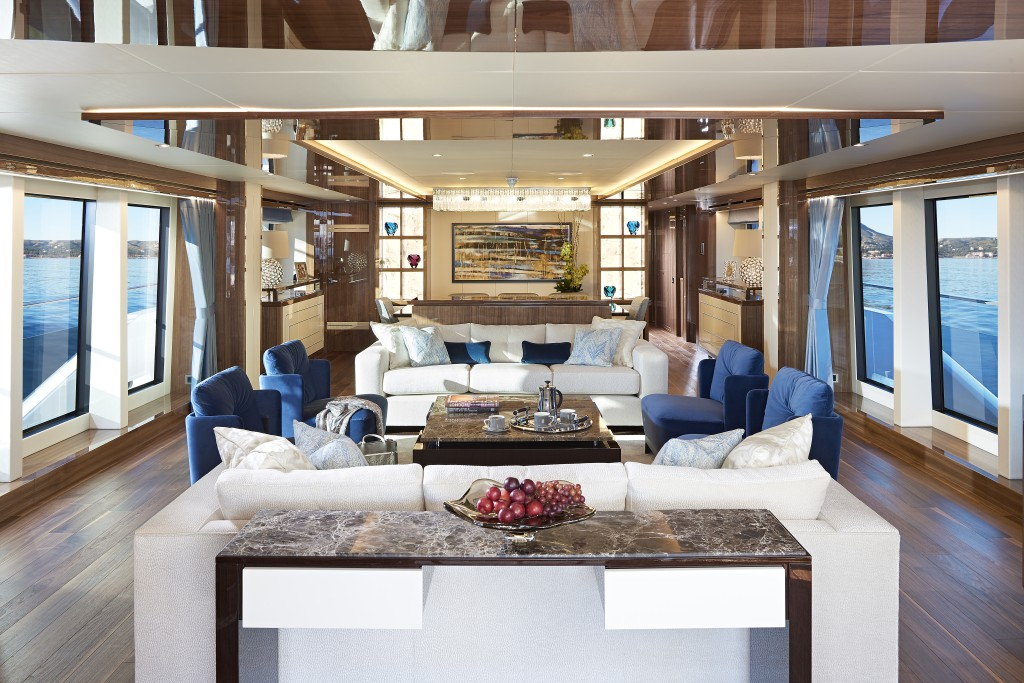 Sunseeker 131 Yacht | Интерьер 1