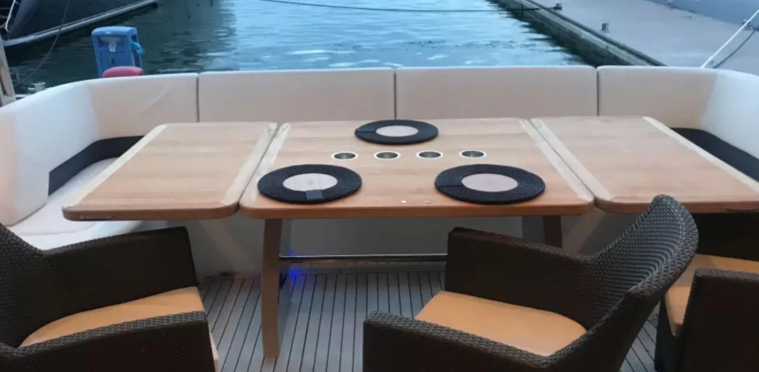 Яхта Princess 85 | Экстрьер 6