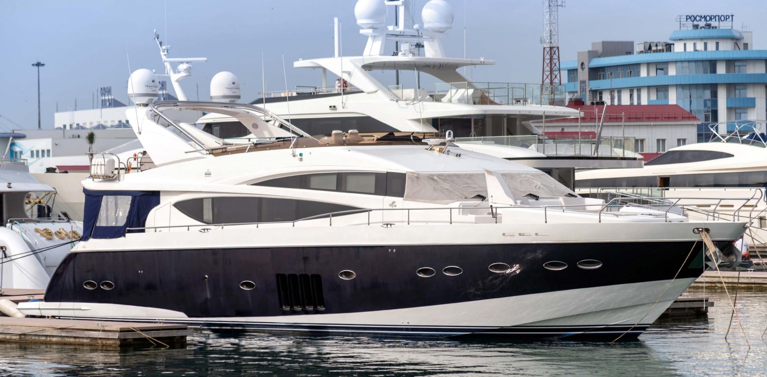 Яхта Princess 85 | Экстрьер 2