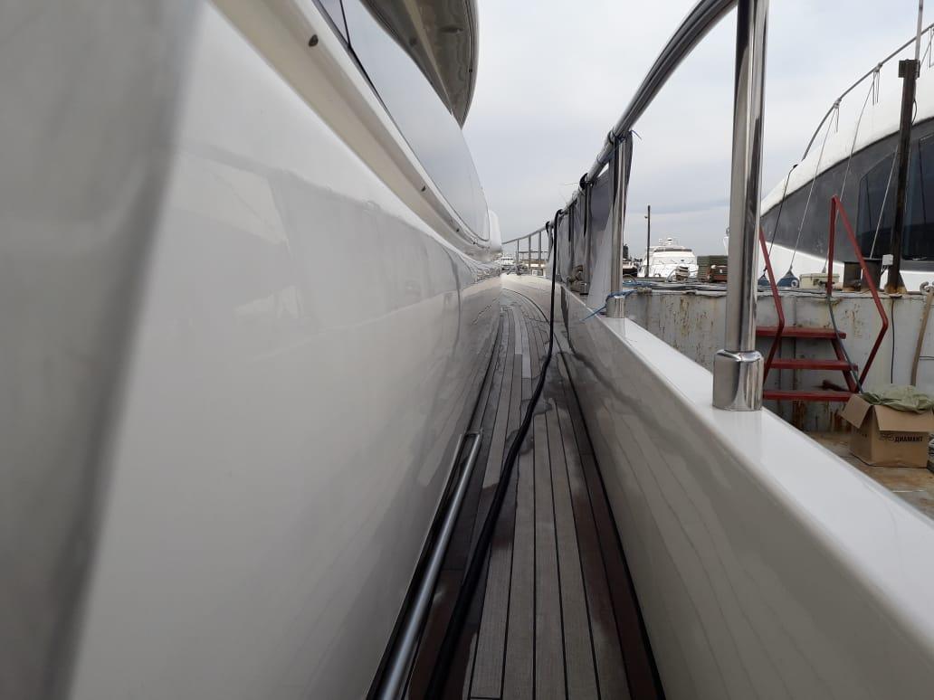 Яхта Ferretti 550 | Экстрьер 4