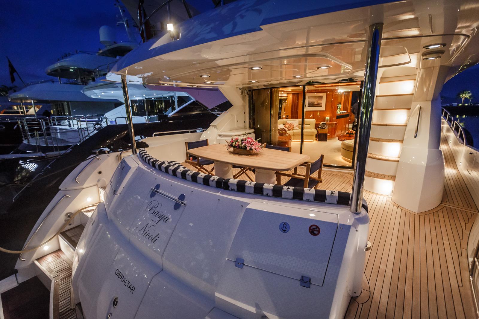 Sunseeker 82 Yacht | Экстрьер 2