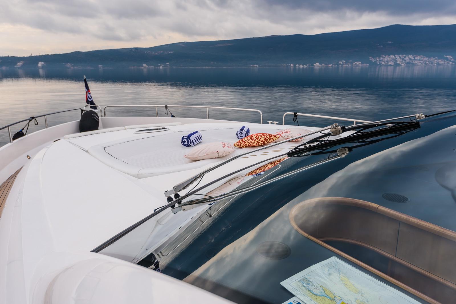 Sunseeker 82 Yacht | Экстрьер 0