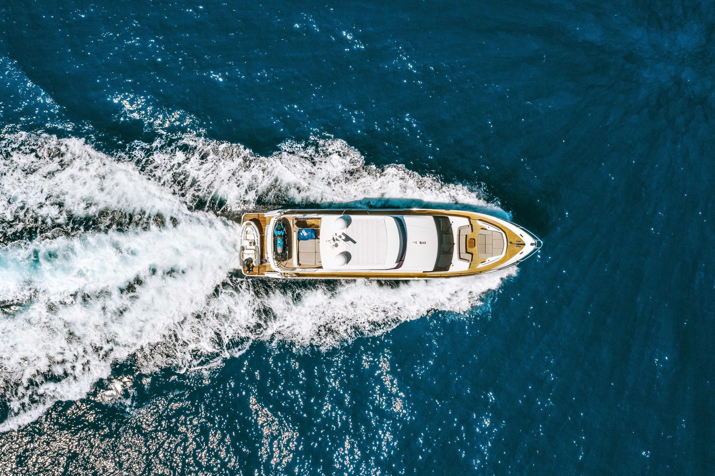 Яхта Princess 75 | Экстрьер 3