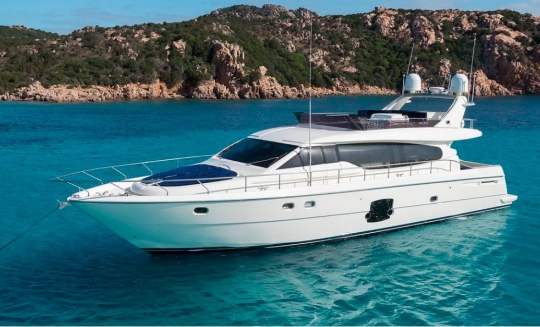 Яхта Ferretti 631