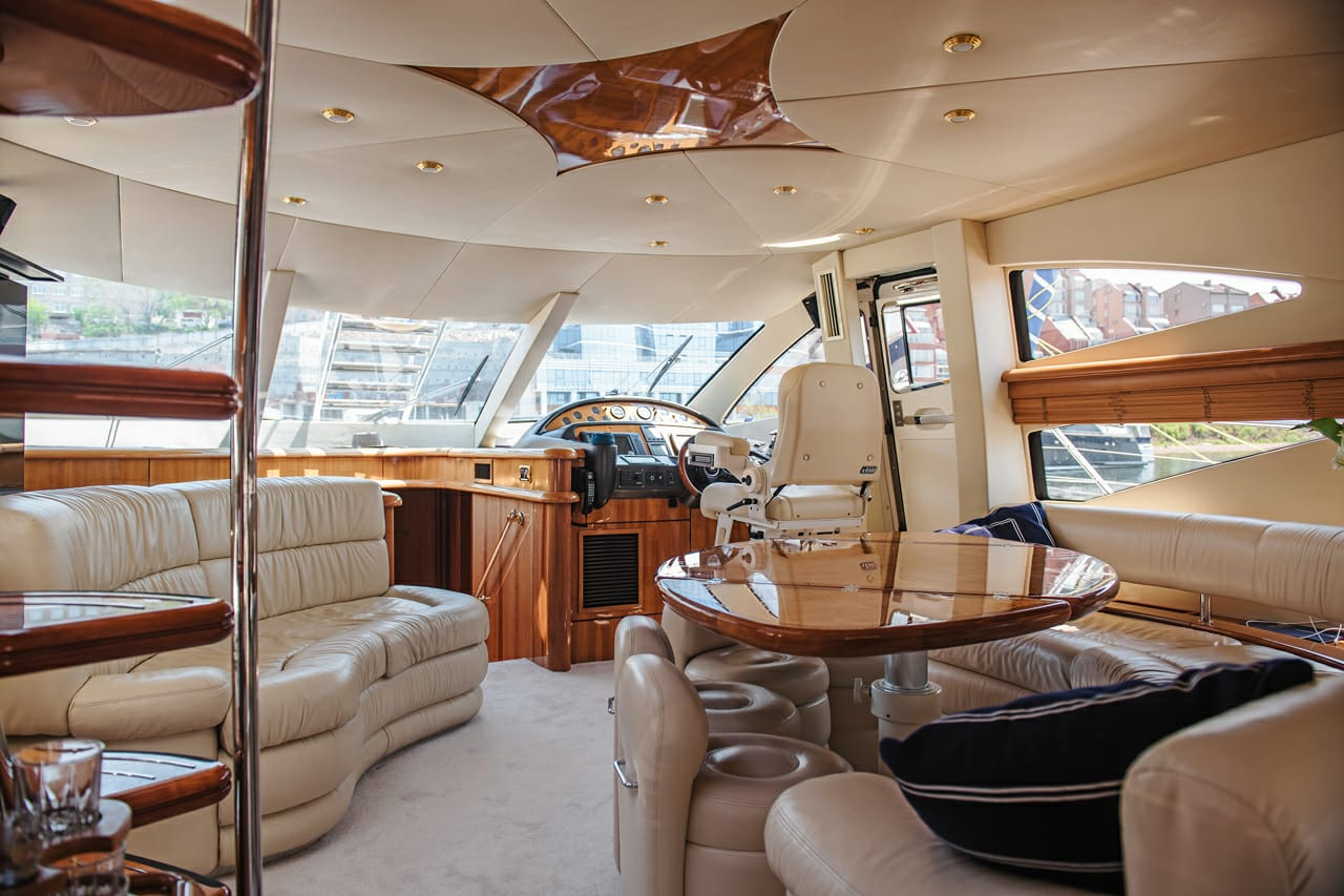 Sunseeker Manhattan 64 | Интерьер 6