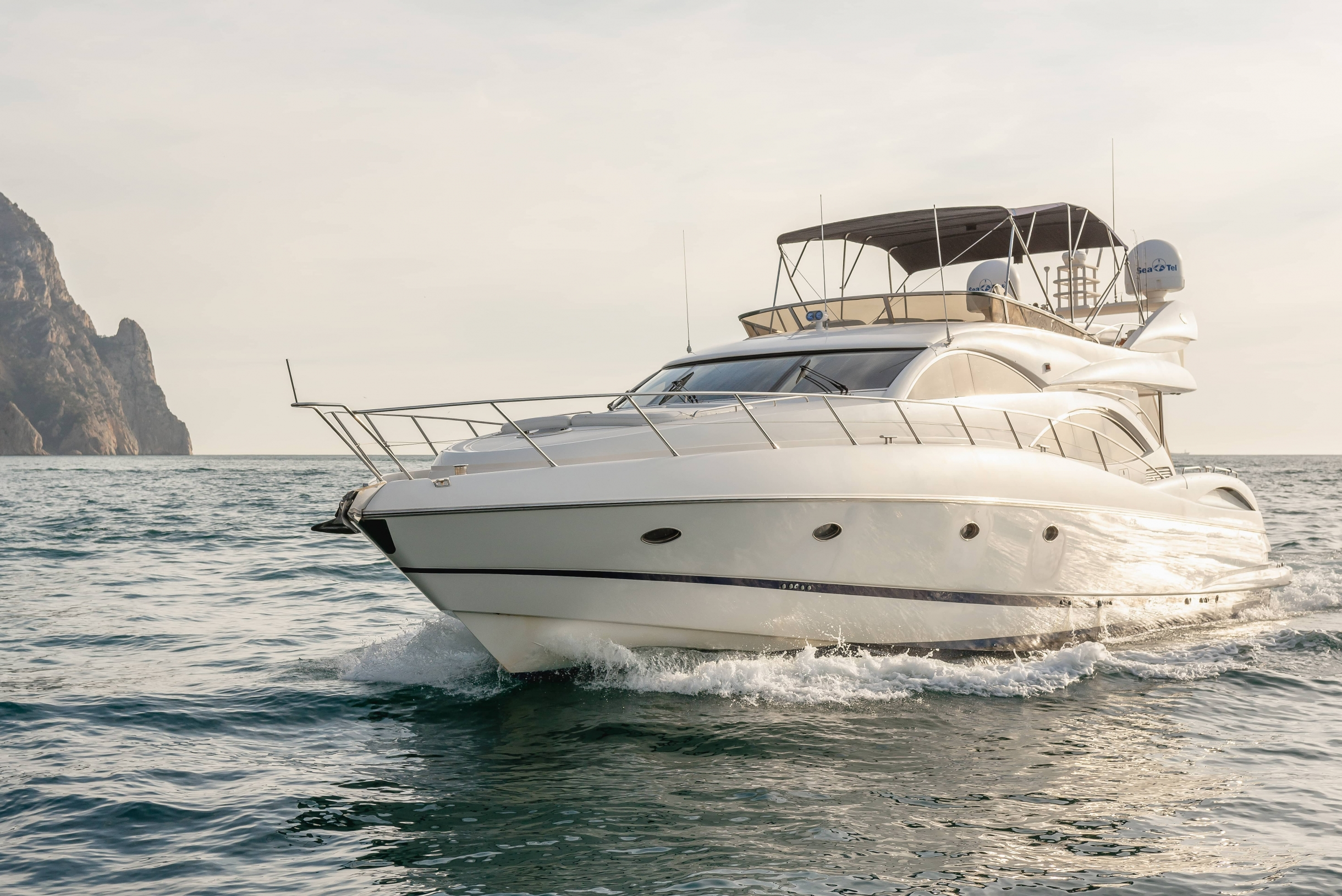 Sunseeker Manhattan 74 | Экстрьер 1