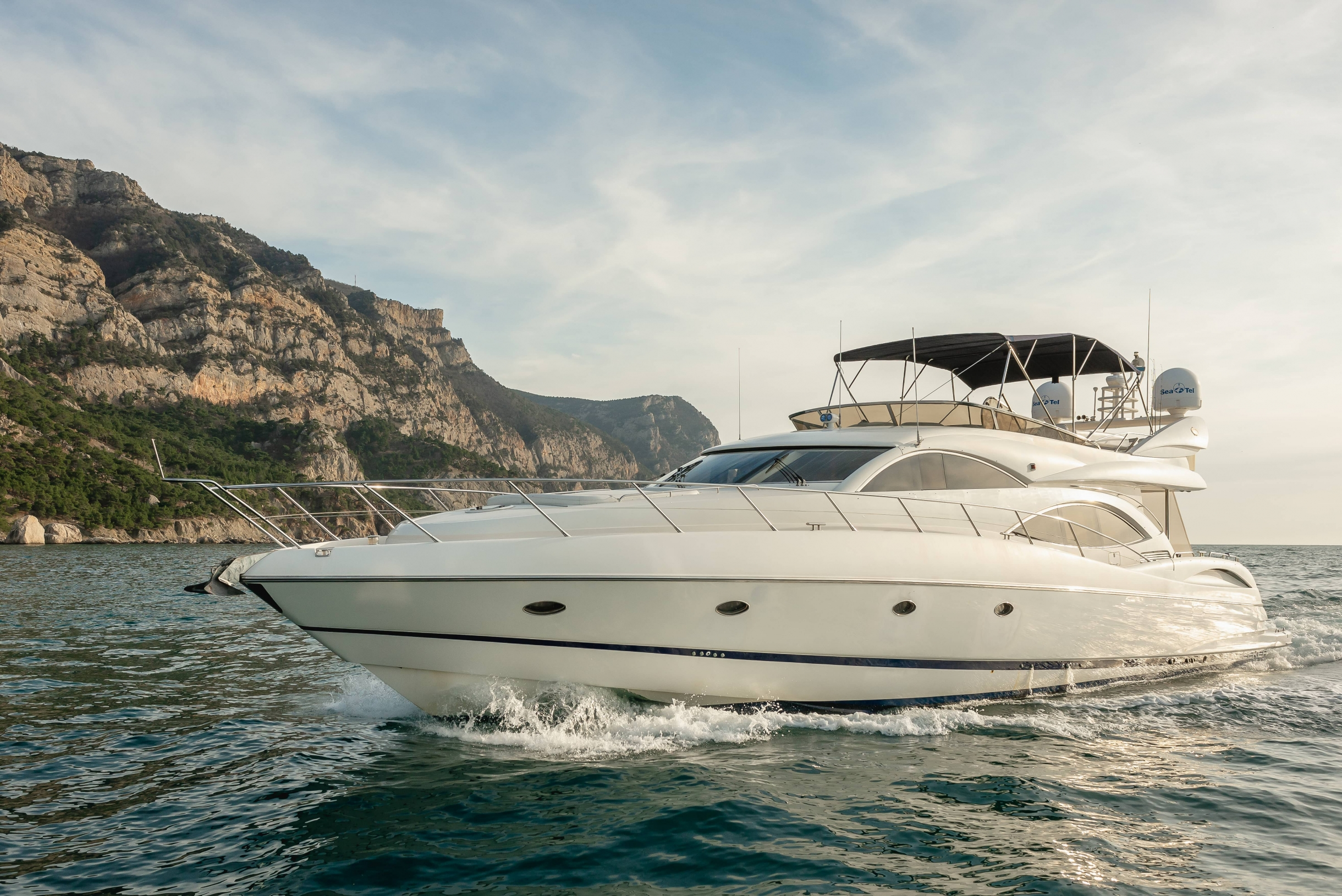 Sunseeker Manhattan 74 | Экстрьер 0