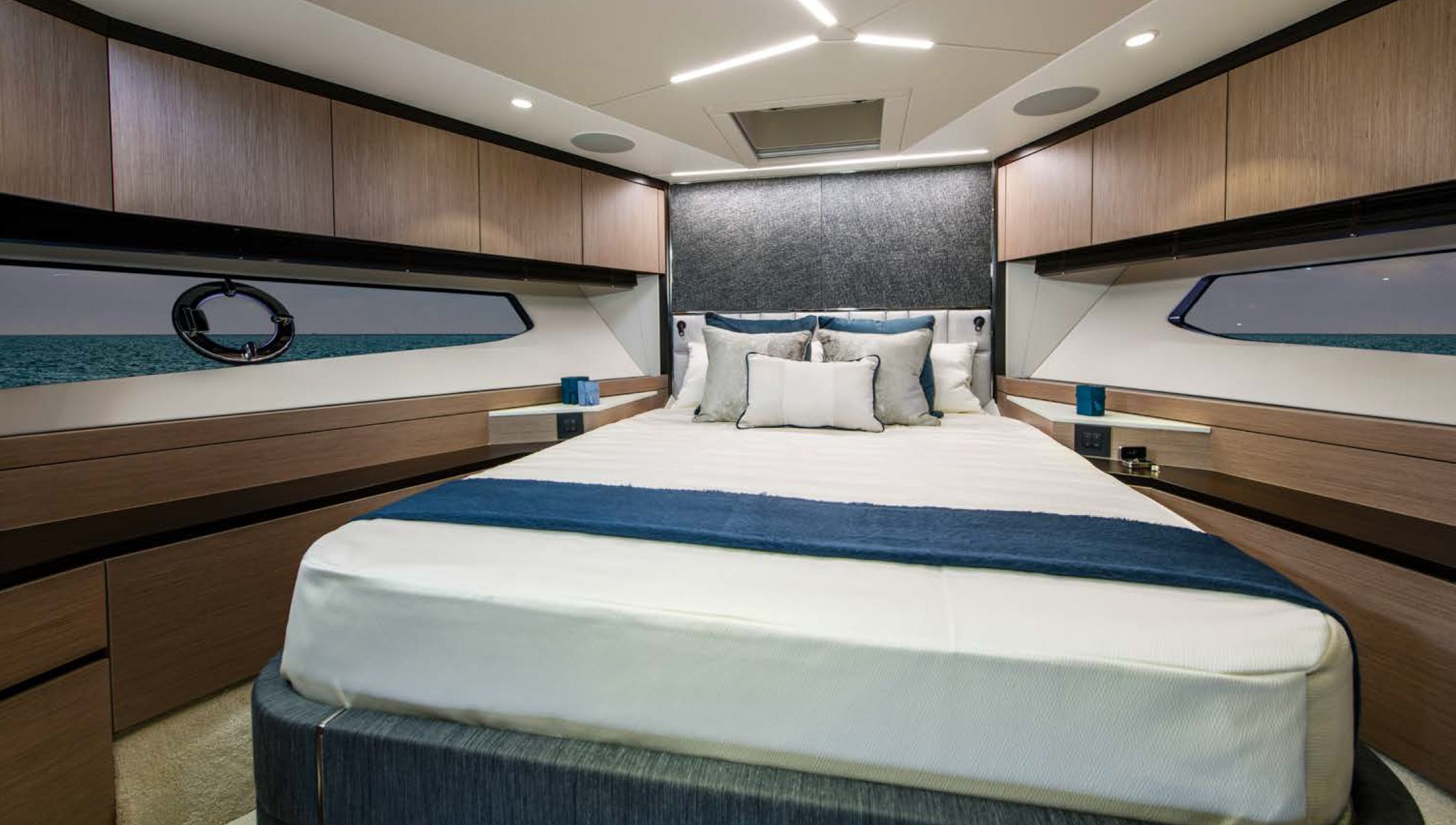 Sunseeker Manhattan 68 | Интерьер 5