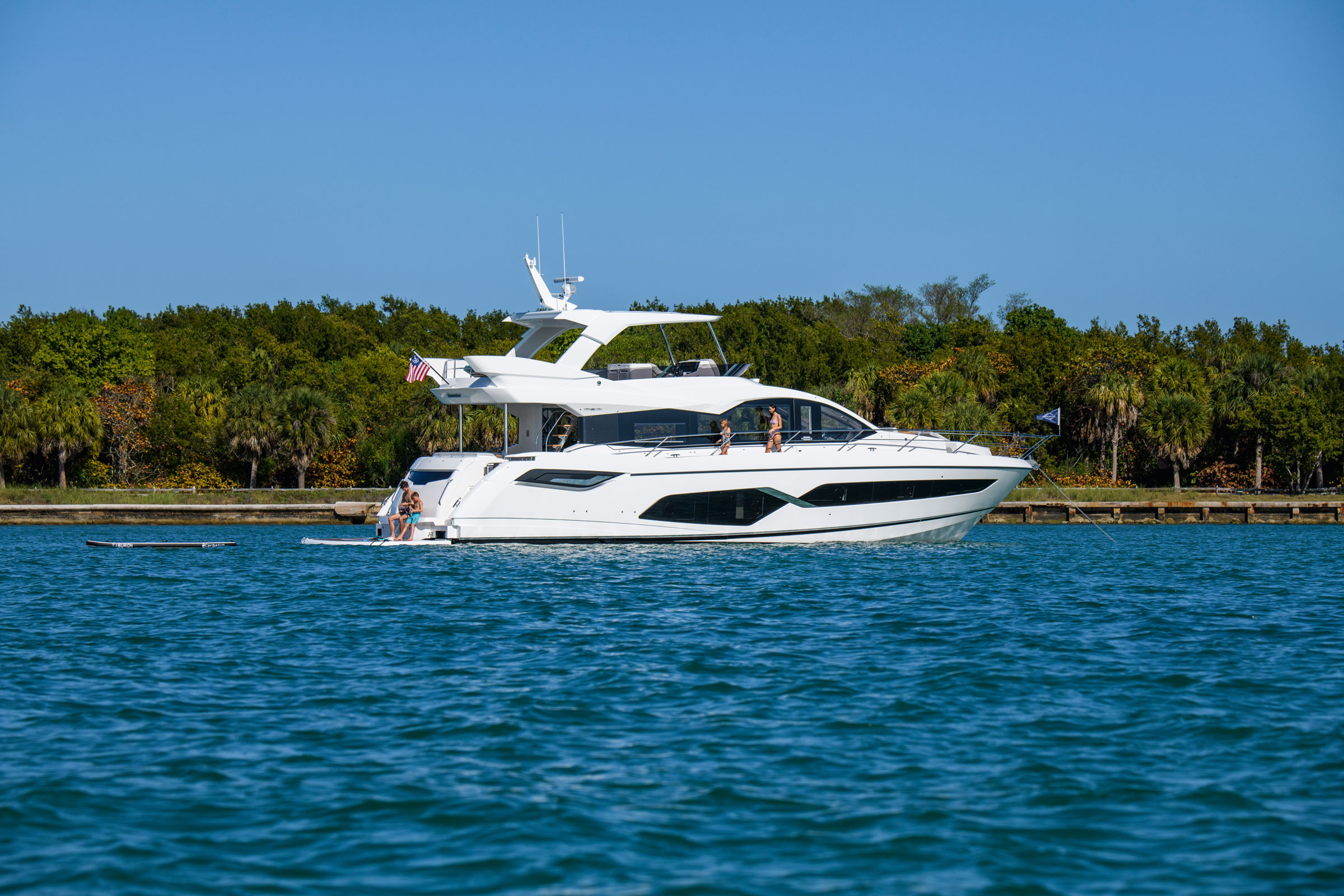 Sunseeker Manhattan 68 | Экстрьер 0