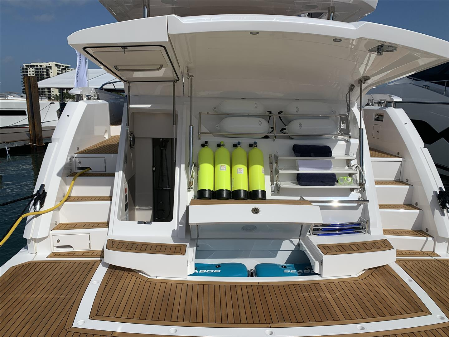 Sunseeker Manhattan 68 | Экстрьер 3