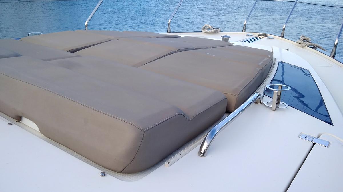 Marquis 630 Sport Yacht | Экстрьер 16