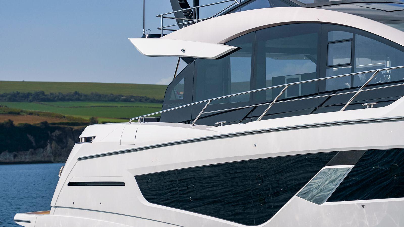 Sunseeker 65 Sport Yacht | Экстрьер 4