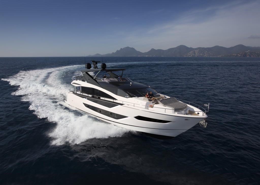 Sunseeker 88 Yacht | Экстрьер 5