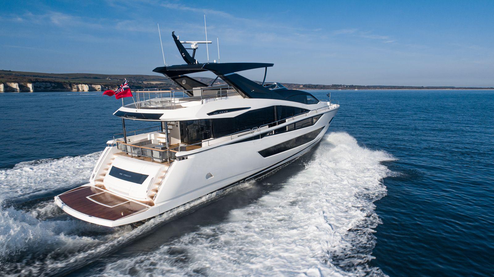 Sunseeker 88 Yacht   Экстрьер 2