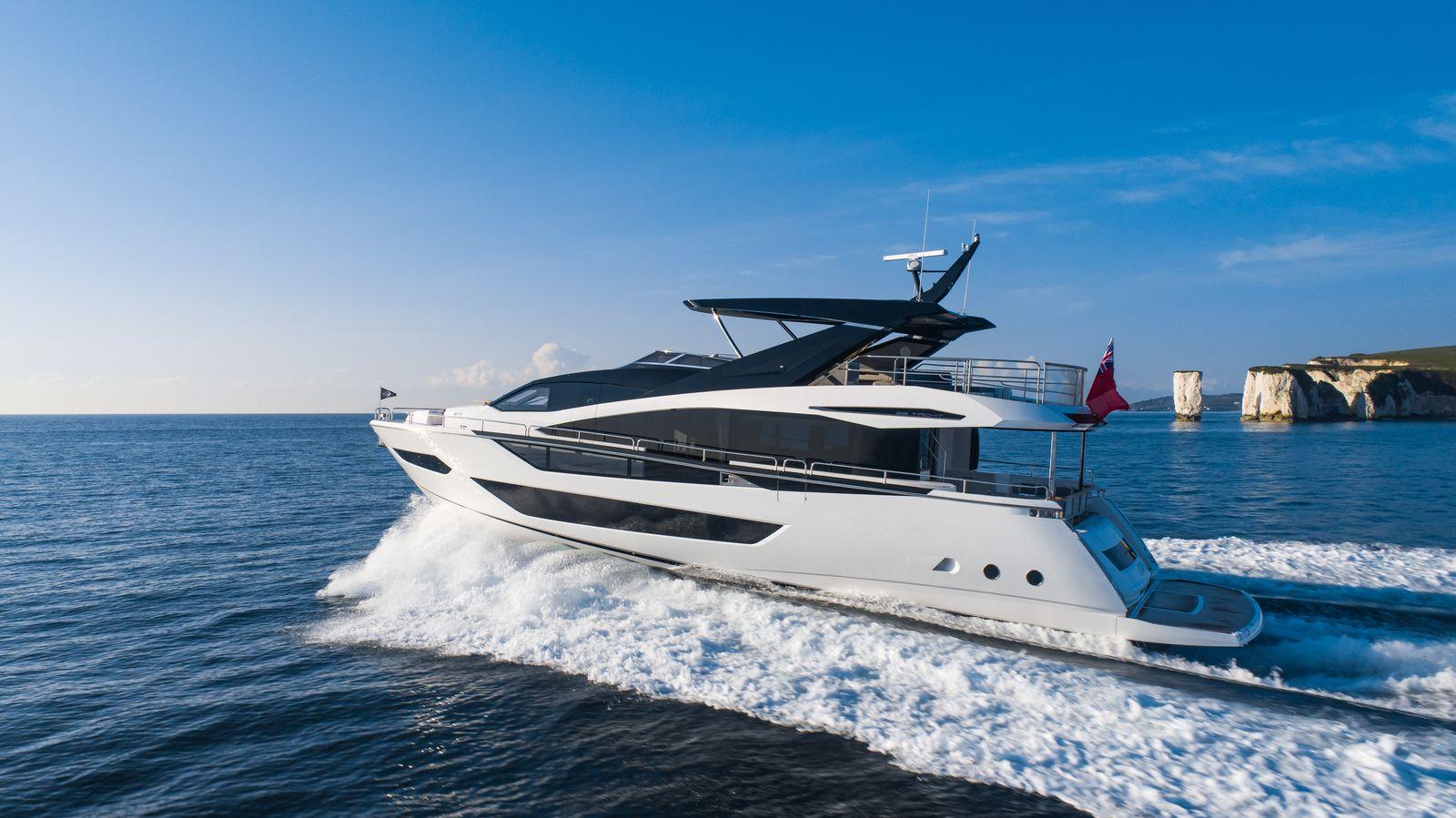 Sunseeker 88 Yacht | Экстрьер 1
