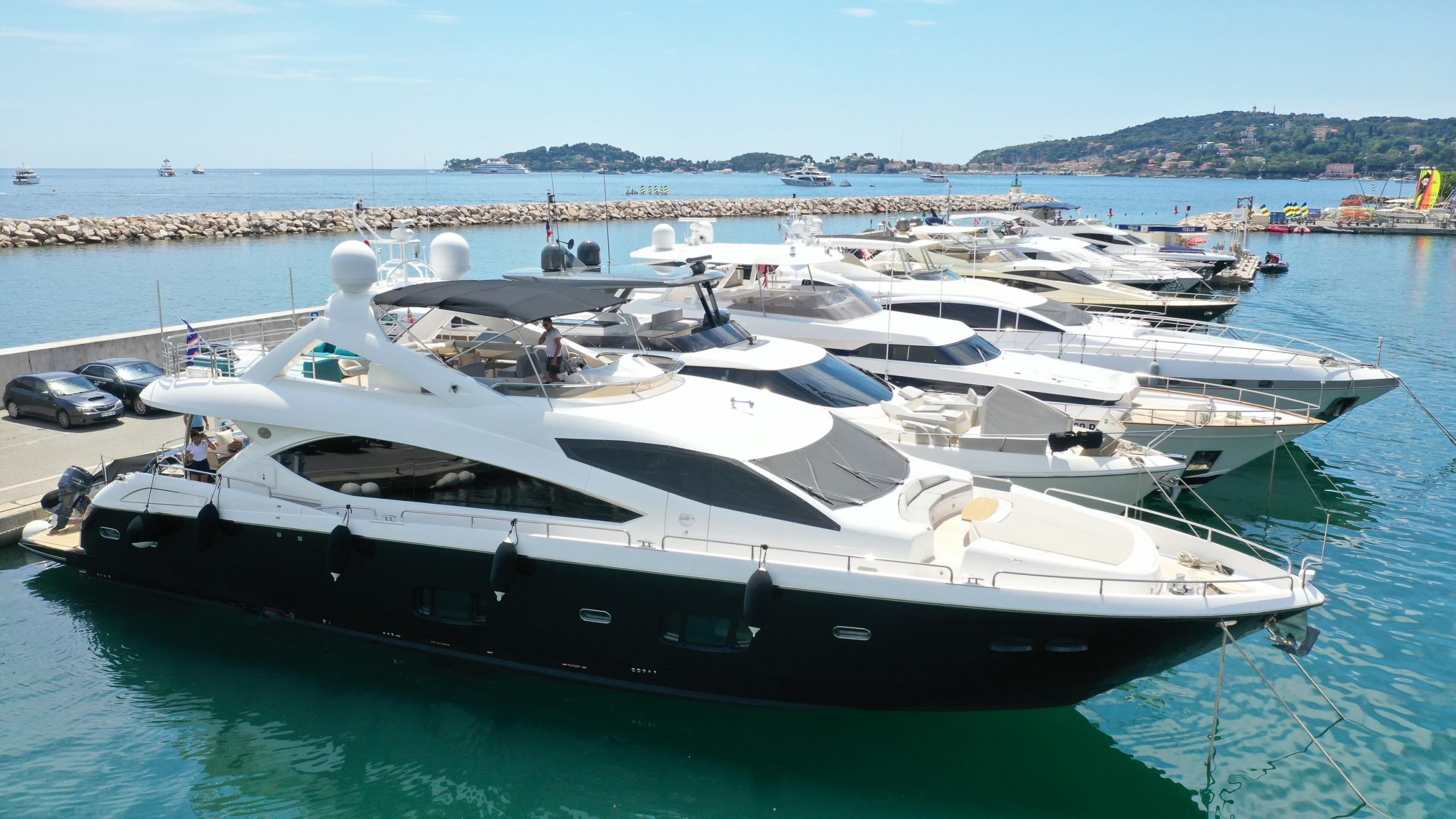 Sunseeker 88 Yacht (011) | Экстрьер 0