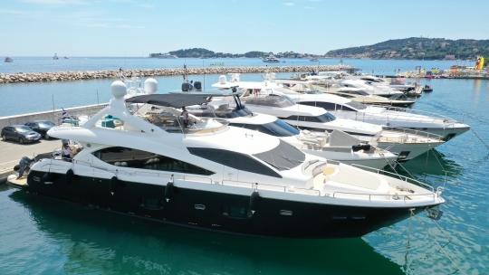 Sunseeker 88 Yacht (011)