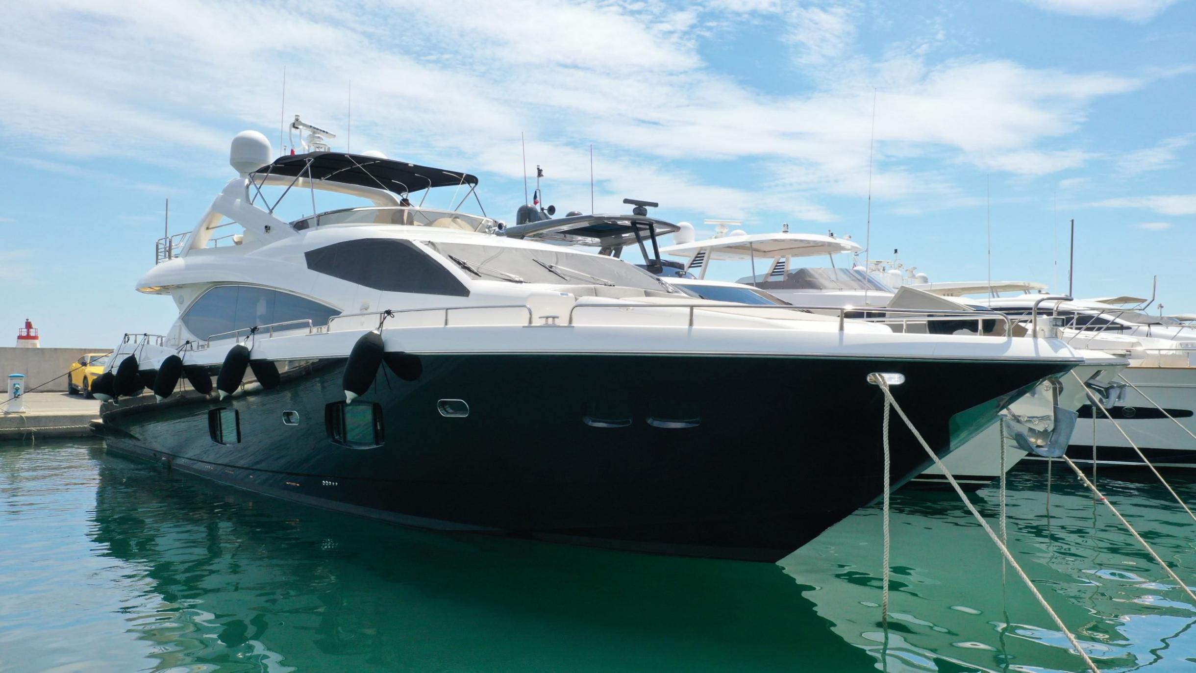 Sunseeker 88 Yacht (011) | Экстрьер 1