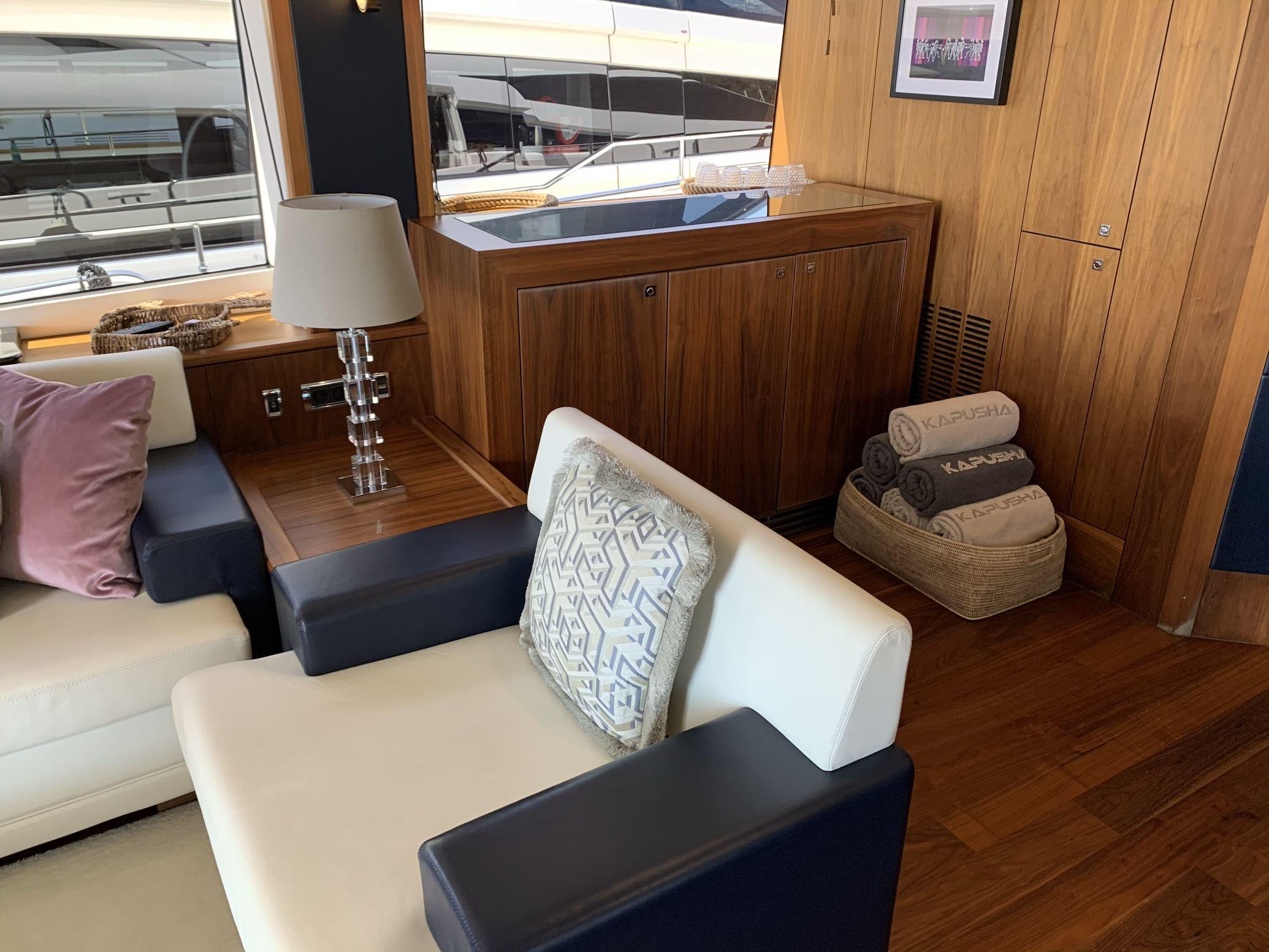 Sunseeker 88 Yacht (011) | Интерьер 5