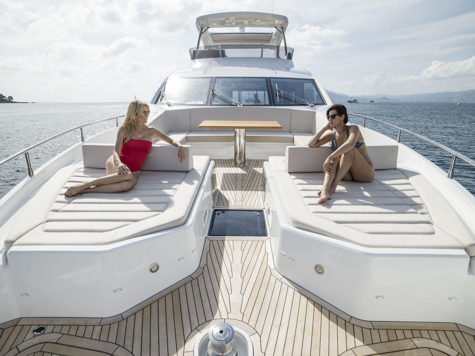 Sunseeker 76 Yacht (208)   Экстрьер 6