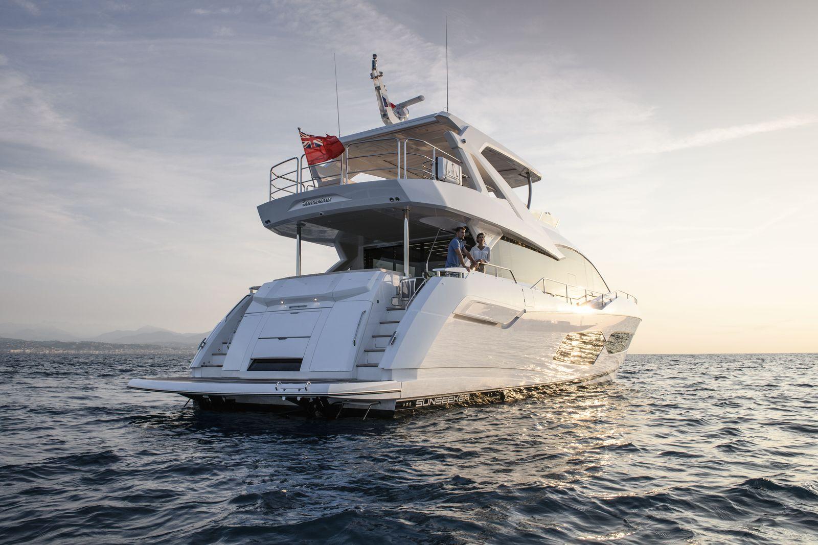 Sunseeker 76 Yacht (208)   Экстрьер 1