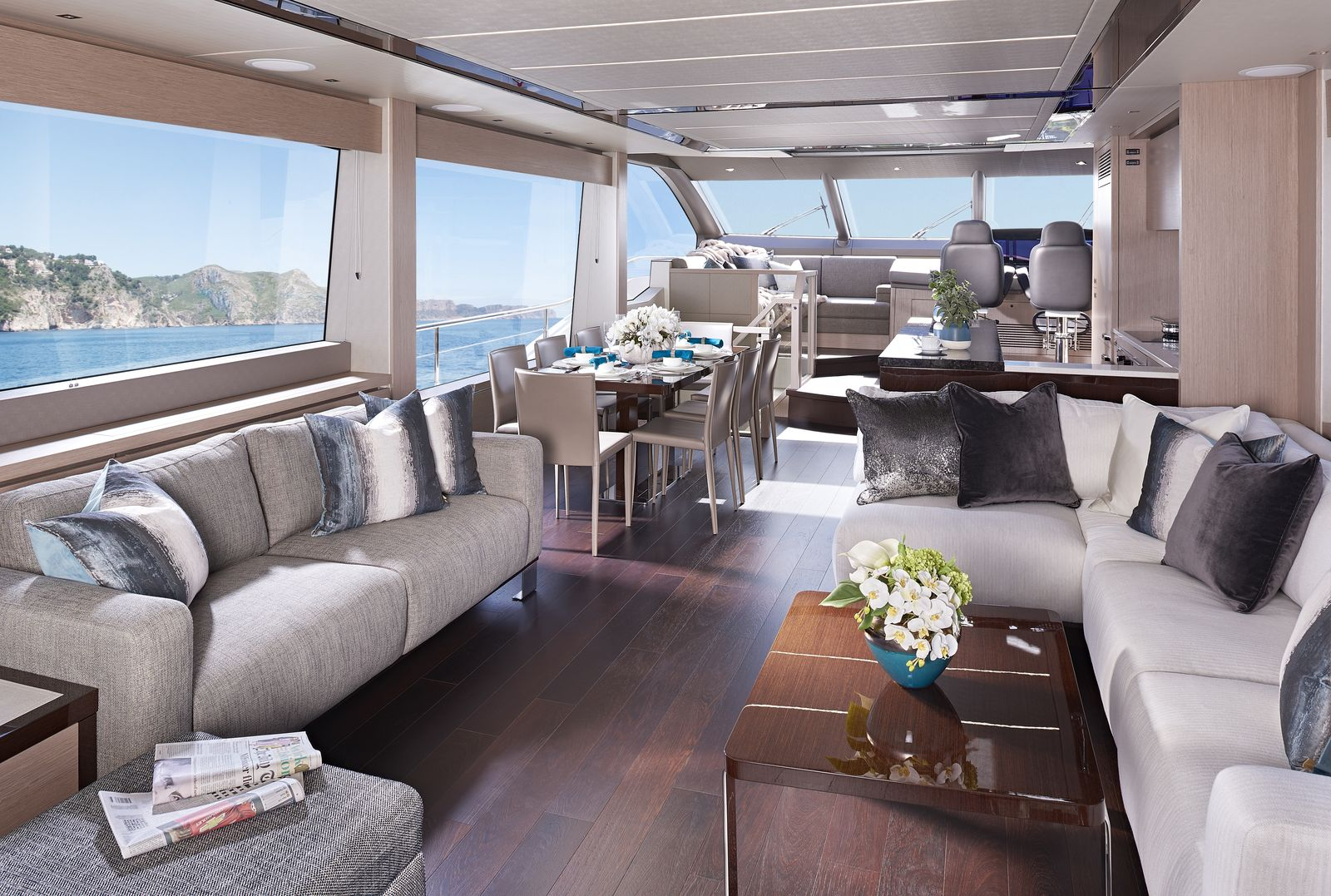 Sunseeker 76 Yacht (208)   Интерьер 3
